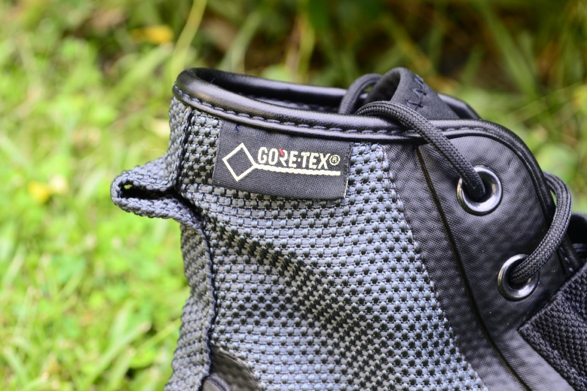 add85bb49a03 The tongue of the  70s Utility Hiker is made of a neoprene material