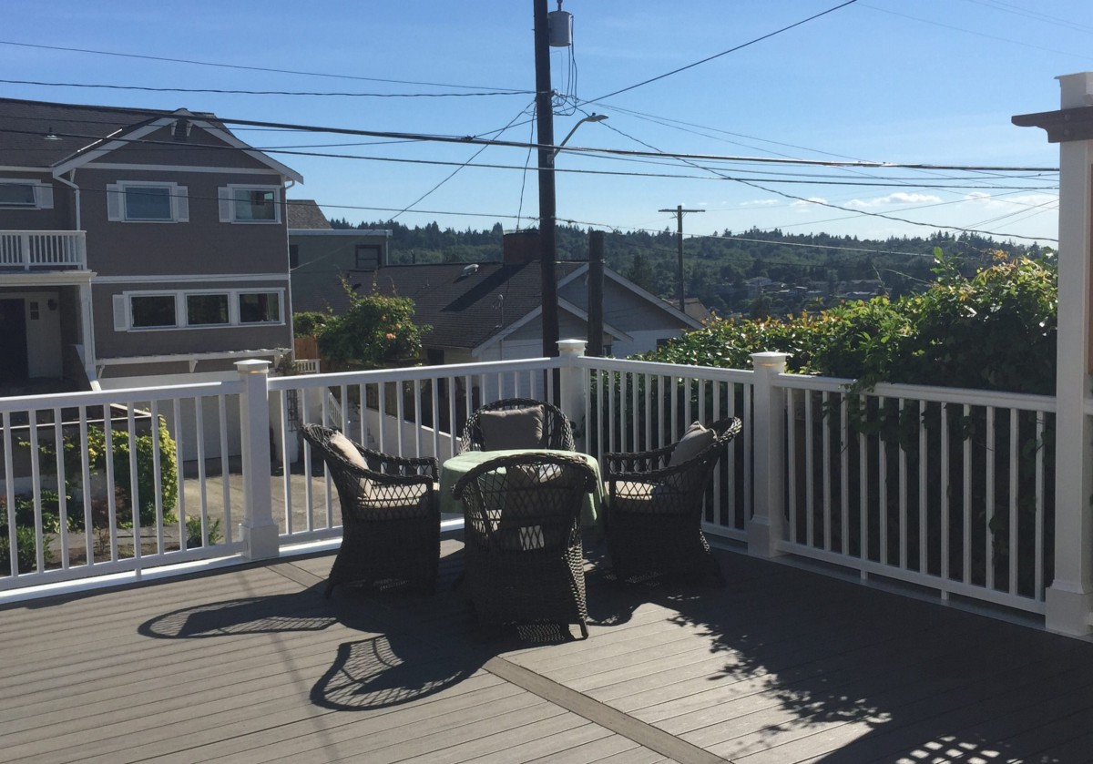 4 Factors To Consider When Choosing A Decking Service
