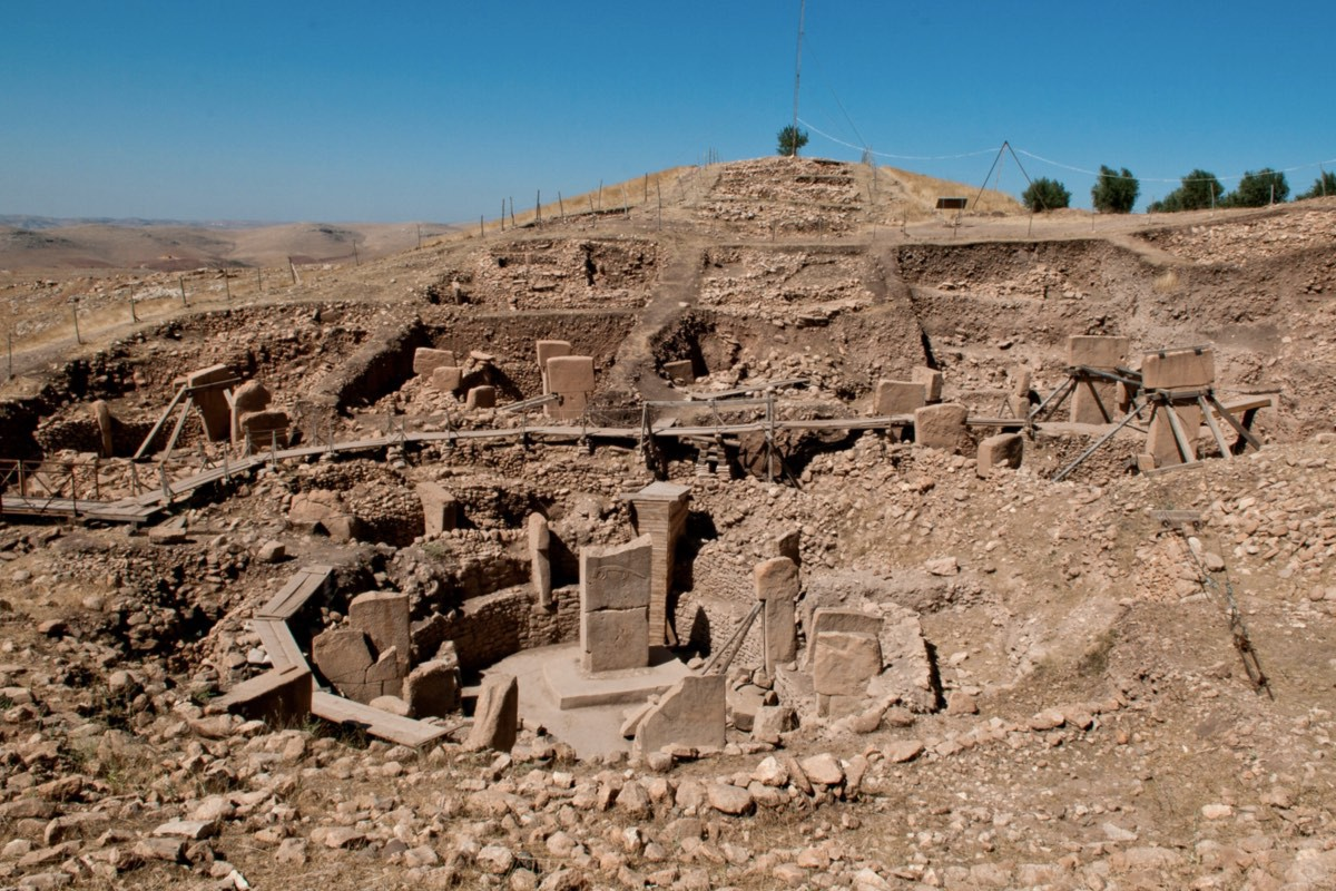 Göbekli Tepe has caused archeologists to reassess early civilization (credit: Teomancimit)