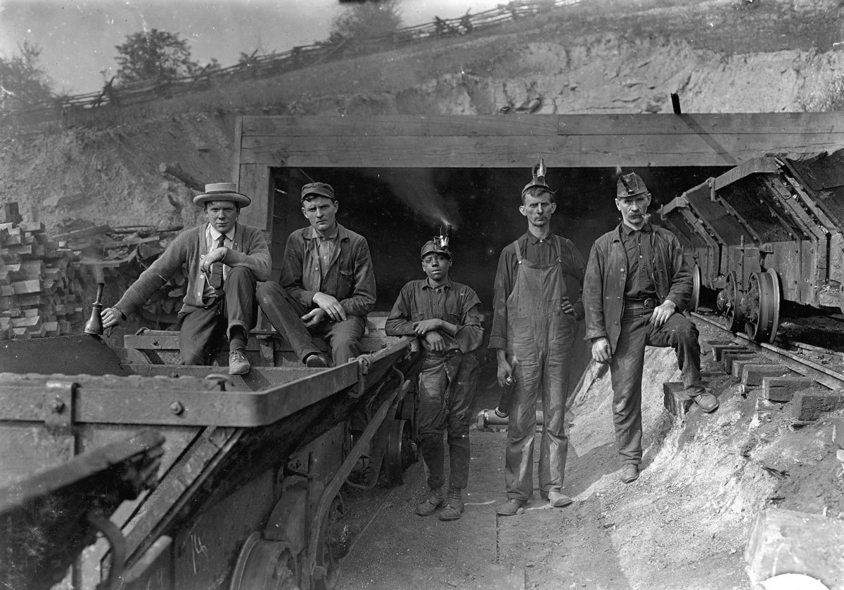 10 000 West Virginia Coal Miners Once Went To War With The