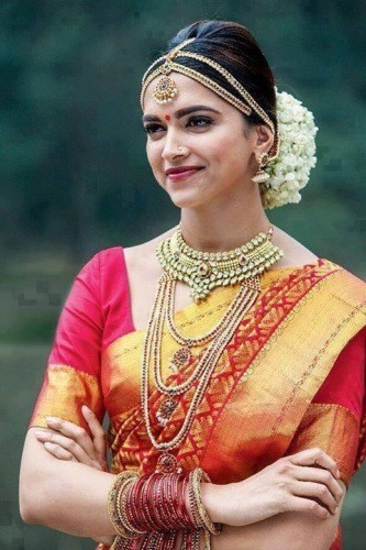 Must Have Hair Accessories For A Newlywed Tamil Bride