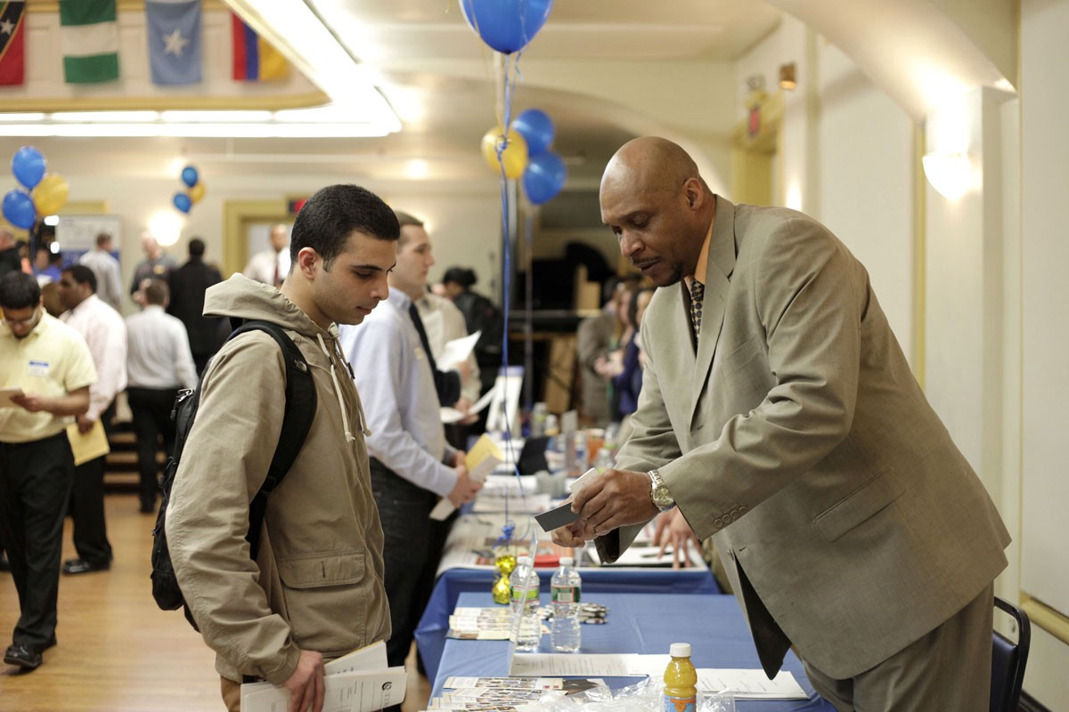 what to do at a career fair