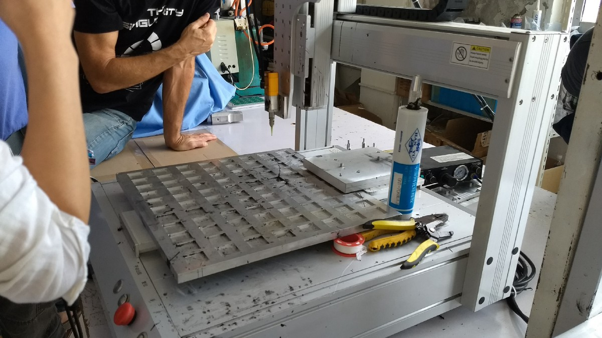 Shanghais Contract Manufacturing A Factory Visit Pcb Assembly Manufacture Electronic Circuit Board China Buy Left Special Pick And Place Machine For Through Hole Components Right An Epoxy Injection With Machined Mold