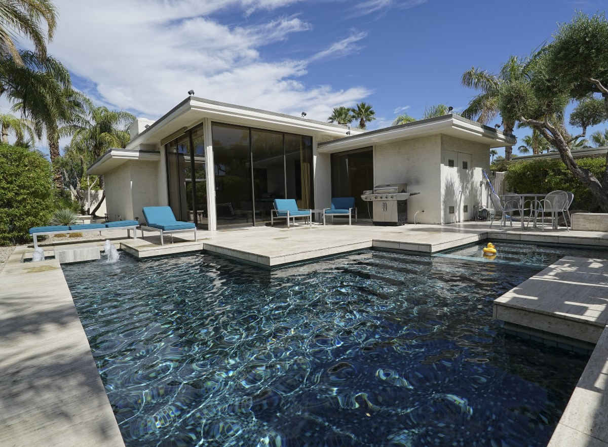 How To Book The Perfect Vacation Rental In Palm Springs Or Anywhere