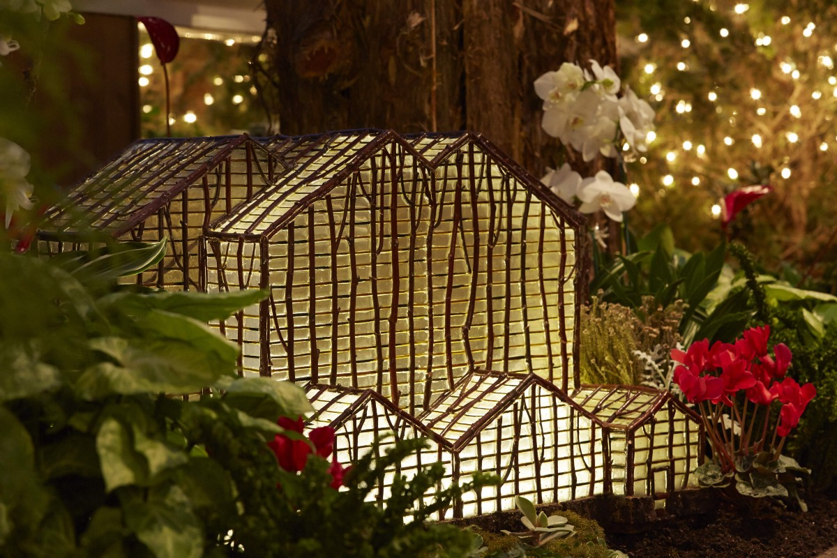 Meijer Gardens celebrates holidays with more than 40 international ...
