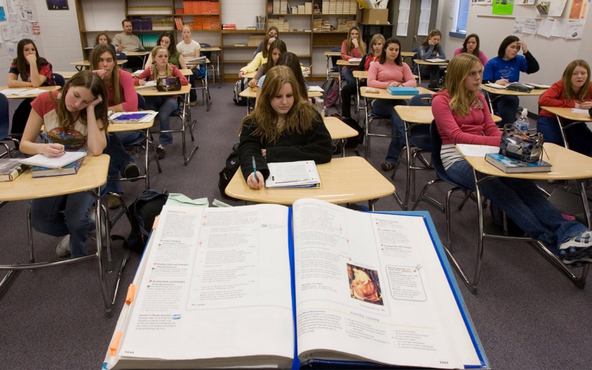 sex education in american schools In sex education, us schools are failing most schools aren't meeting the cdc's recommendations for teaching students about sex, and the curriculum is far worse in some states.
