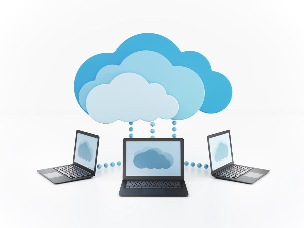 clouding computing Cloud computing accommodates faster changes so that two companies can become one much faster and more efficiently traditional computing might require years of migrating applications and decommissioning data centers before two companies are running on the same it stack.