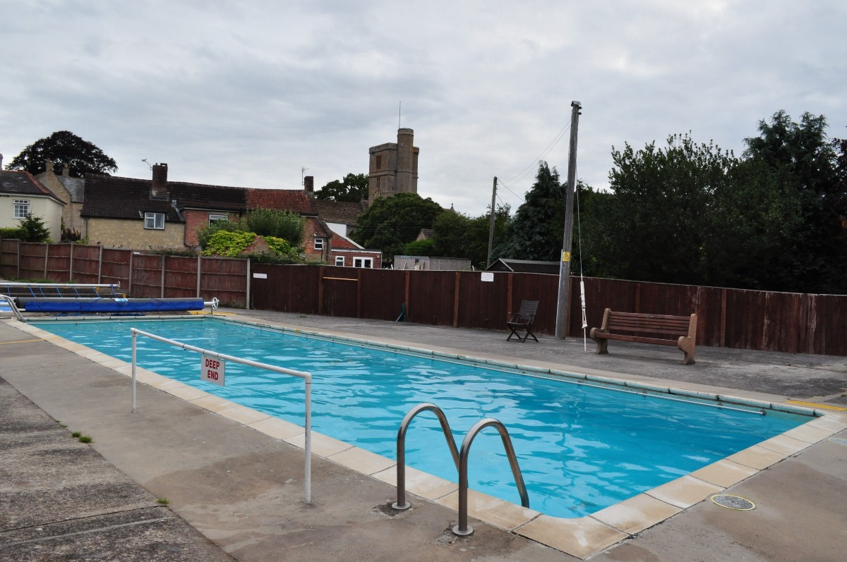 Pledge at https://unbound.com/books/lidoguide for a copy of the first ever  user guide to publicly accessible outdoor pools across the UK.