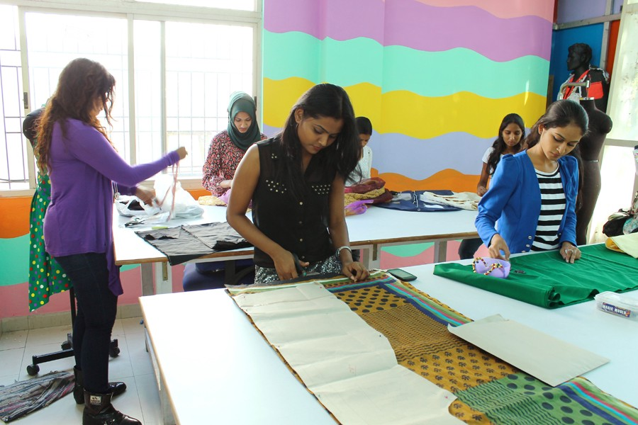 how to choose a fashion designing colleges in chennai