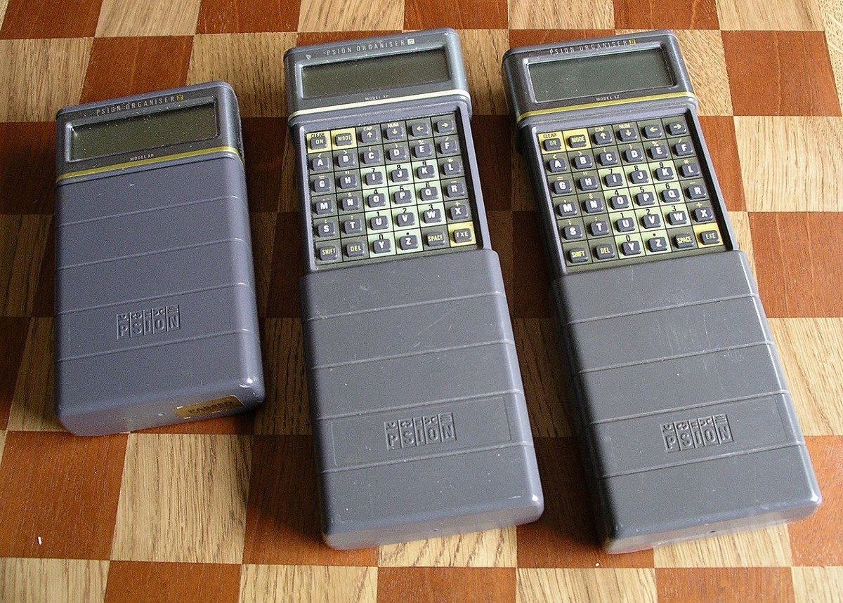 Psion's 1986 Organiser II. (Photo credit: Snowmanradio/CC BY-SA 2.5).