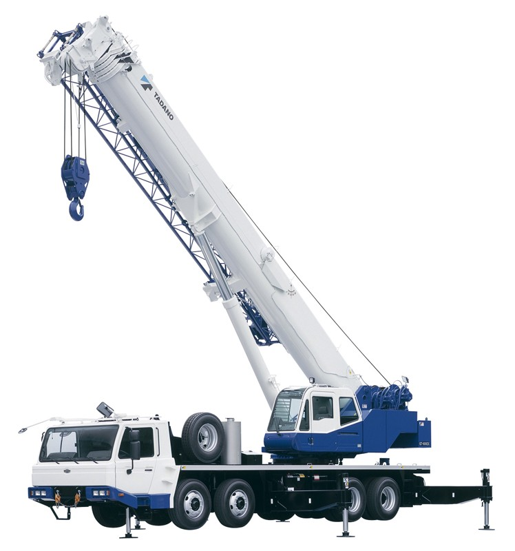 A crane, like the ones sent to Yemen, with its arm raised up and ready to extend. Photo courtesy: Tadano