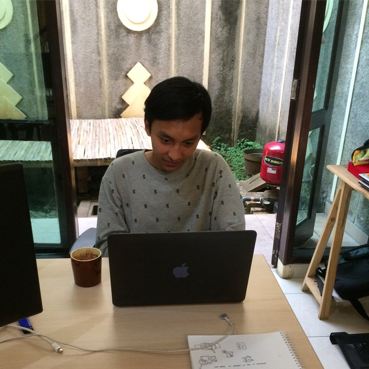 Fariz Rizaldy – Medium