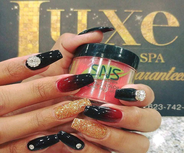 How can you find the Best Salons Offering SNS Nails near You
