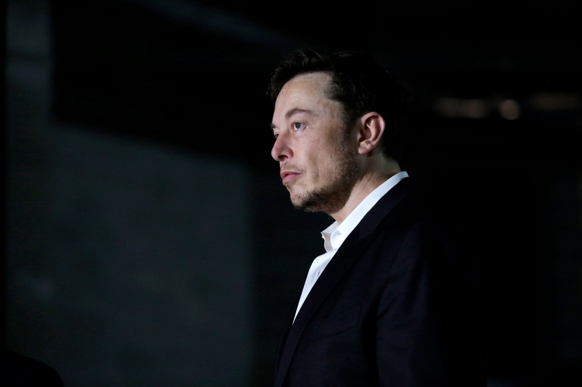 Risultati immagini per elon musk emailed all of tesla about attempted sabotage by an employee