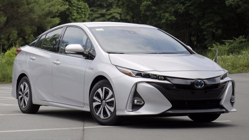 Toyota India Signs Mou With Government To Introduce Electric Car In