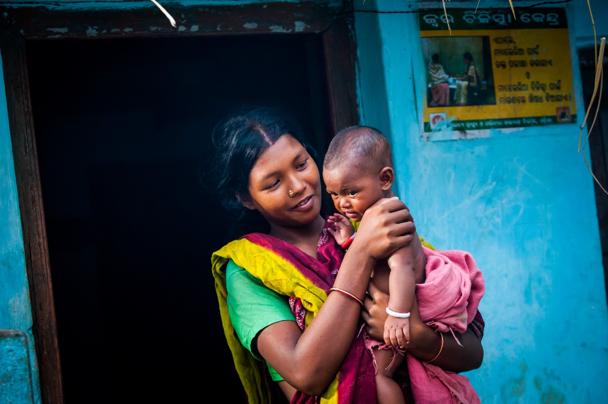 USAID's new development impact bond could save up to 10,000 moms and newborns. / Project Ujjwal