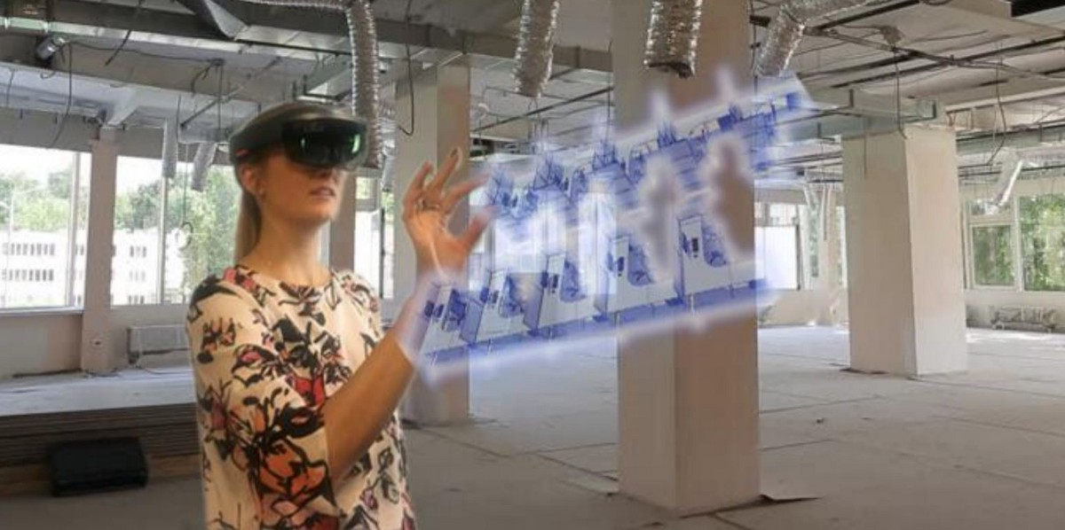 a new design paradigm in mixed reality  using hololens for