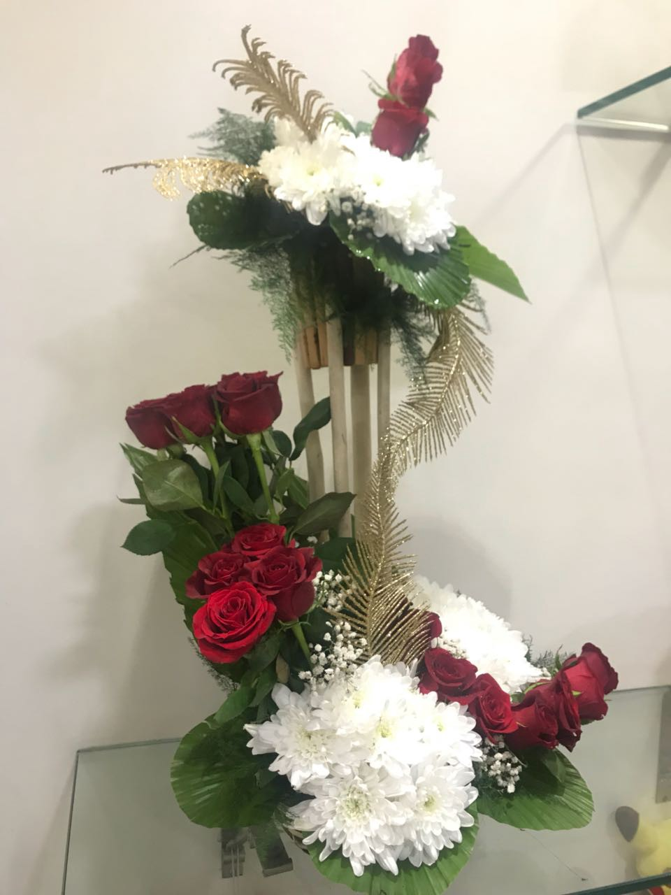 6 of the best mothers day flowers and bouquets to buy in 2018 pink carnation flower bouquet izmirmasajfo