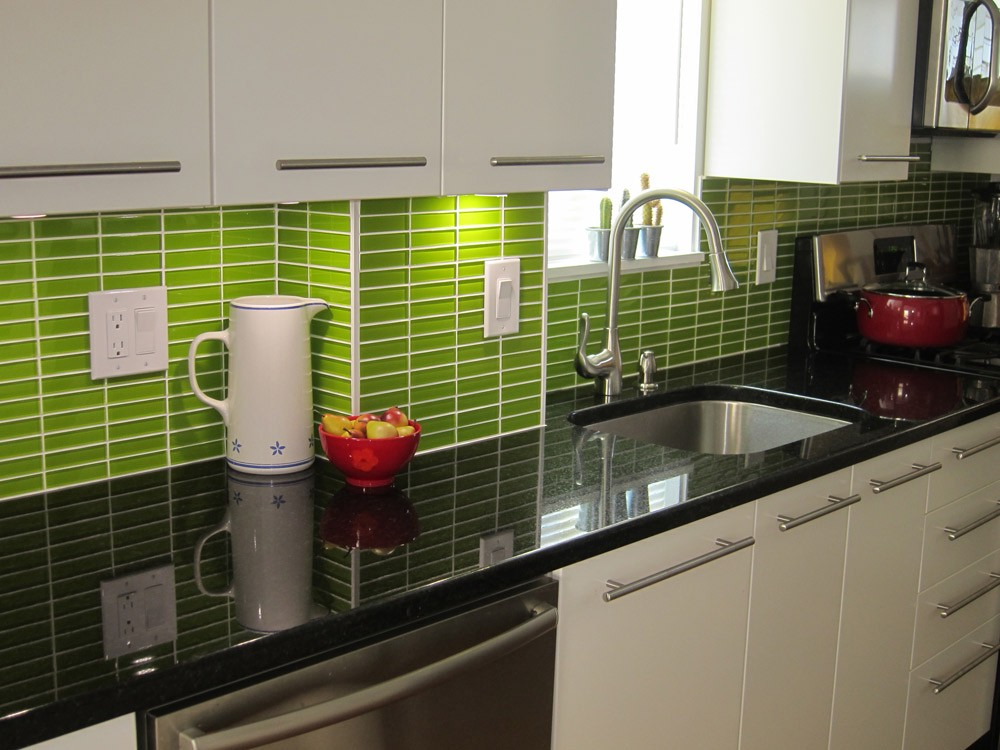 Consider Employing Various Shades Of Green For Your Kitchen Backsplash Tiles One By Yourself Needs To Look At Birds And Think How Lush Gr