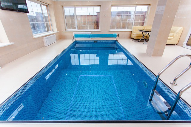 Your Swimming Pool And The Basic Safety Rules You Must Follow