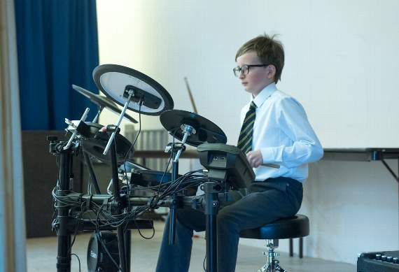 Picking The Best Configuration Of A Junior Drum Set For Your Child