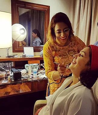 Best Salon In Pune Bridal Makeup And Hairstyle Indian Wedding