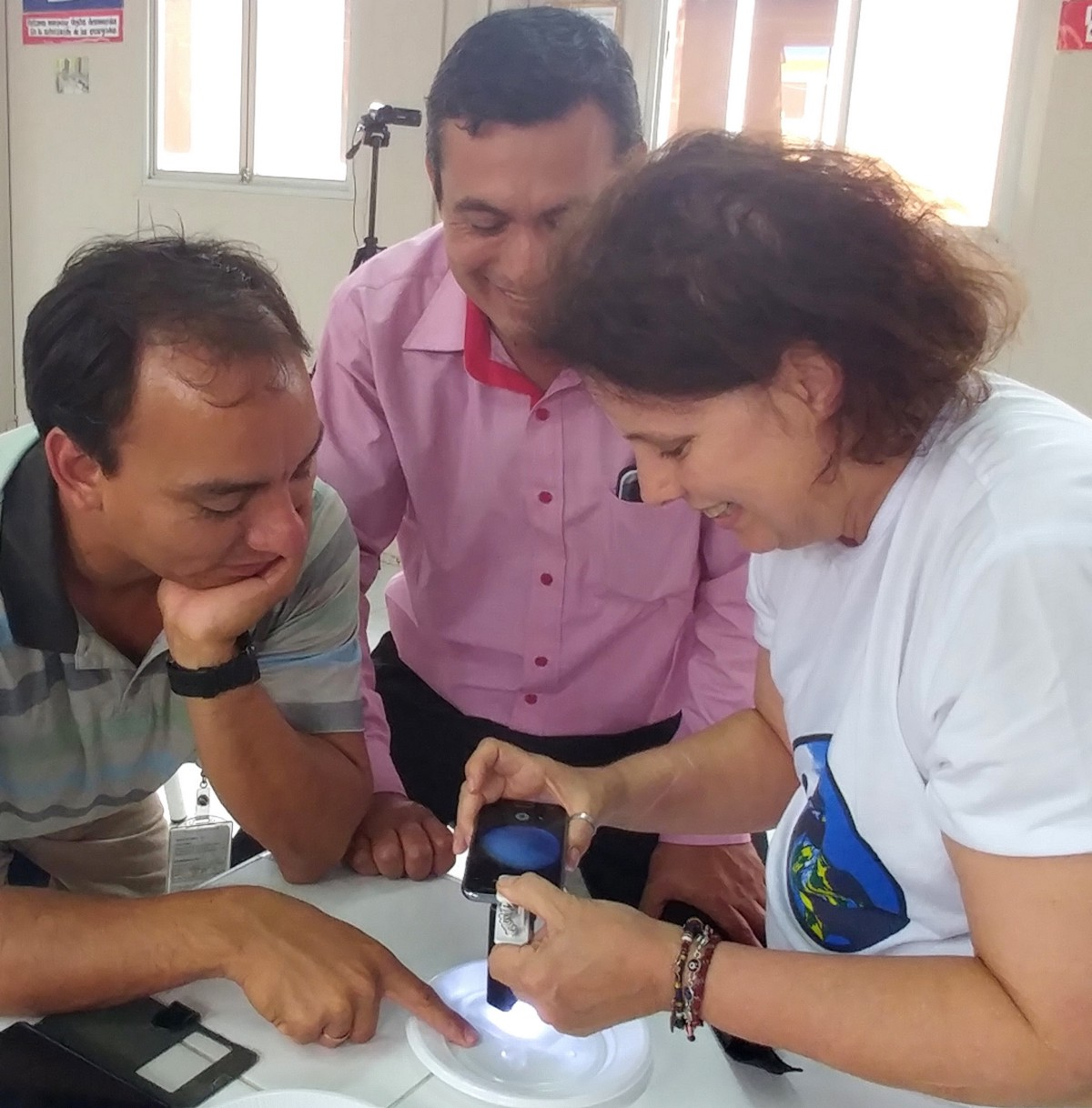 Conducting a training on how to identify mosquito specimens collected by citizen scientists in Lambayeque, Peru / Renee Codsi, IGES