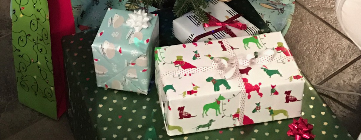 My love affair with wrapping presents elizabeth tobey medium negle Images