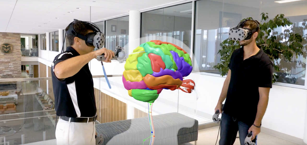 Augmented and virtual reality in med school