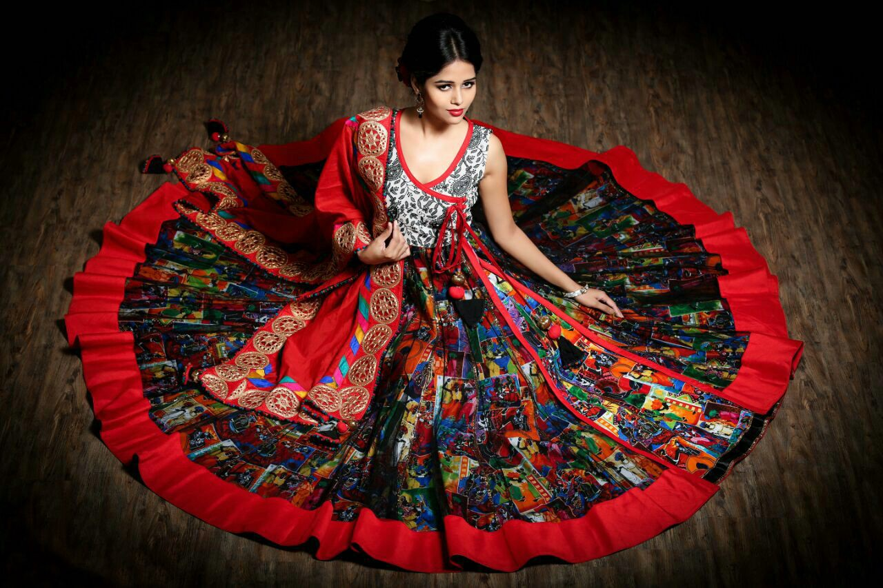 Noteworthy Aspects Of Traditional Indian Clothing For Men And Women