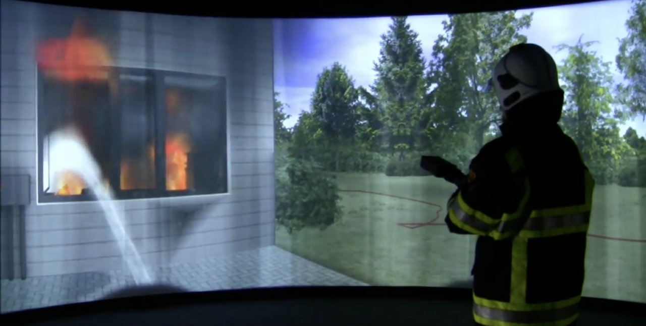 Augmented and virtual reality in firefighting