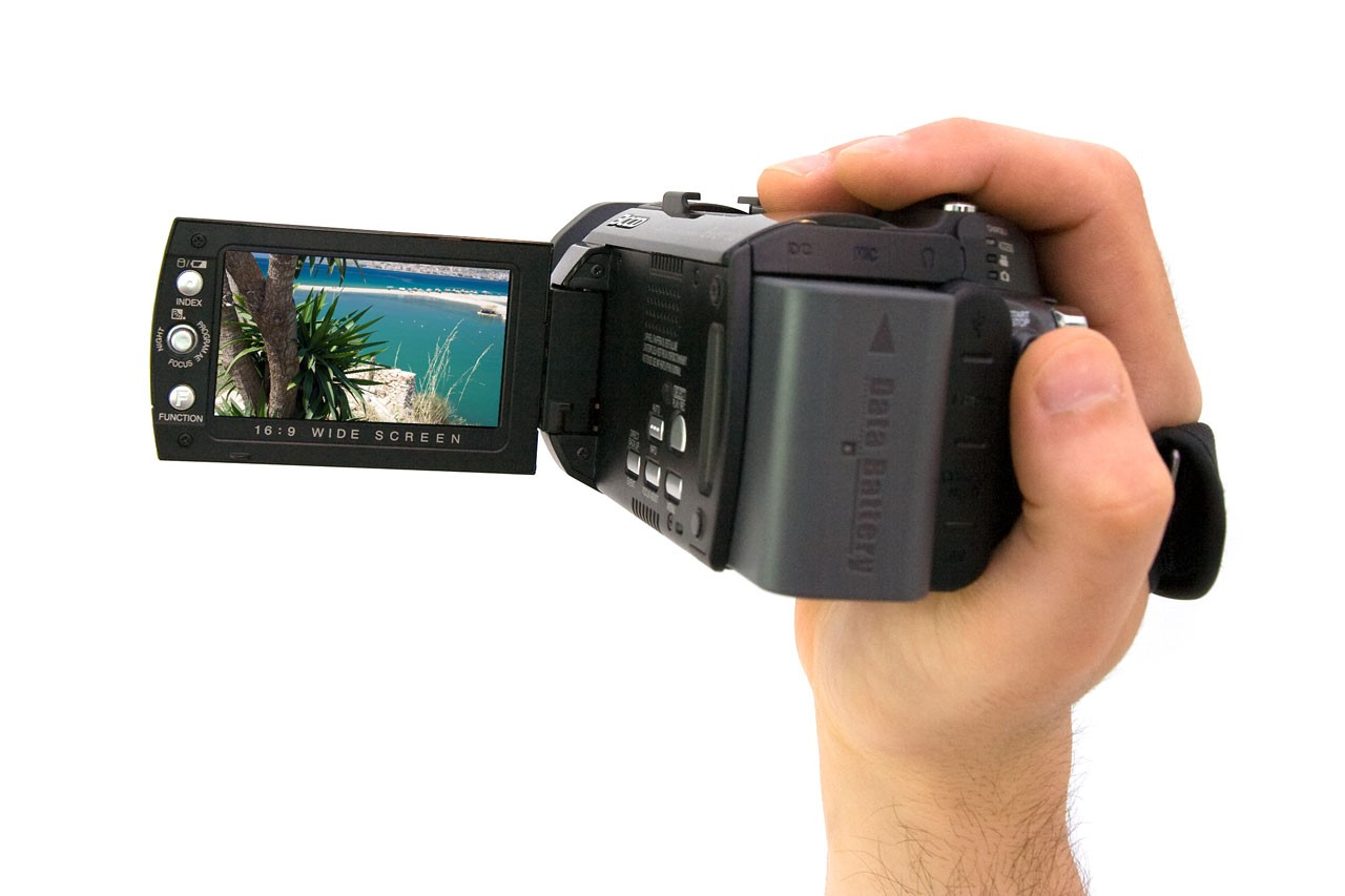 handheld cameras and losing your lunch at the movies