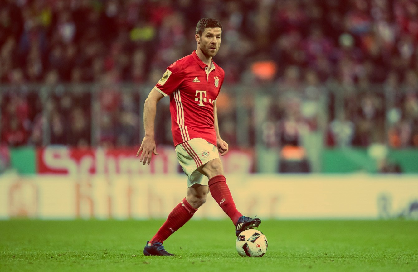Xabi Alonso The Art of Beauty in Motion – R A – Medium