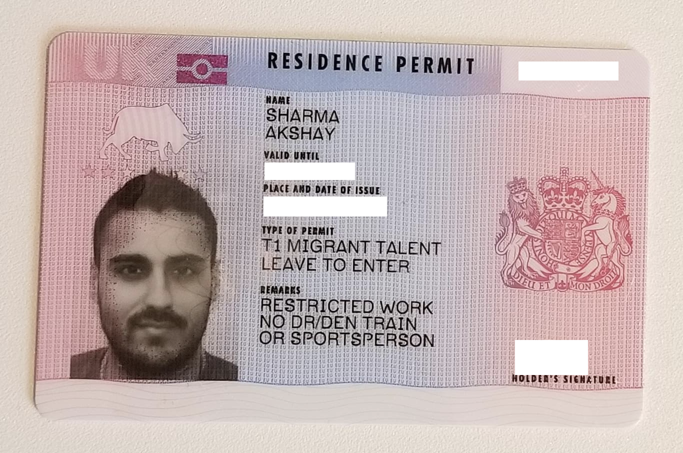 How to tell a real passport or an ID from a fake easily?