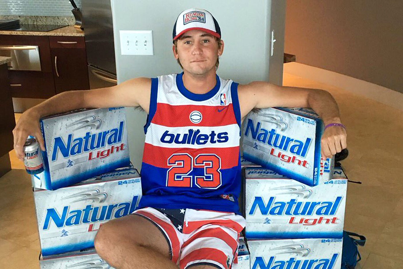 Smylie Kaufman Is the Perfect Natty Light Salesman – The Ringer