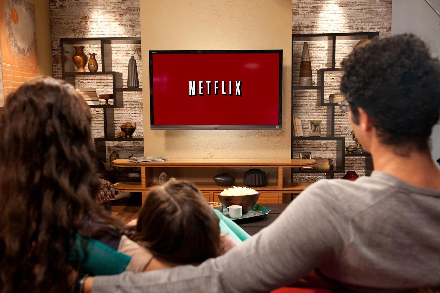 how to sell your movie or tv show to netflix hulu amazon and others
