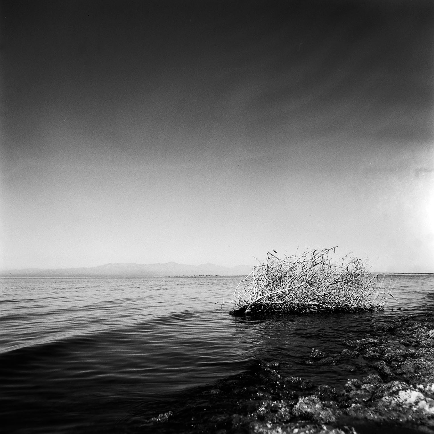 photo essay the salton sea analogue film photography medium