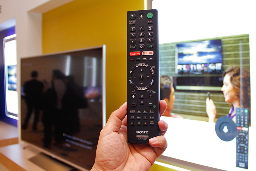 sony android tv remote. sony makes possible of having the power to command your television with very voice, voice control technology is within tv\u0027s remote that android tv