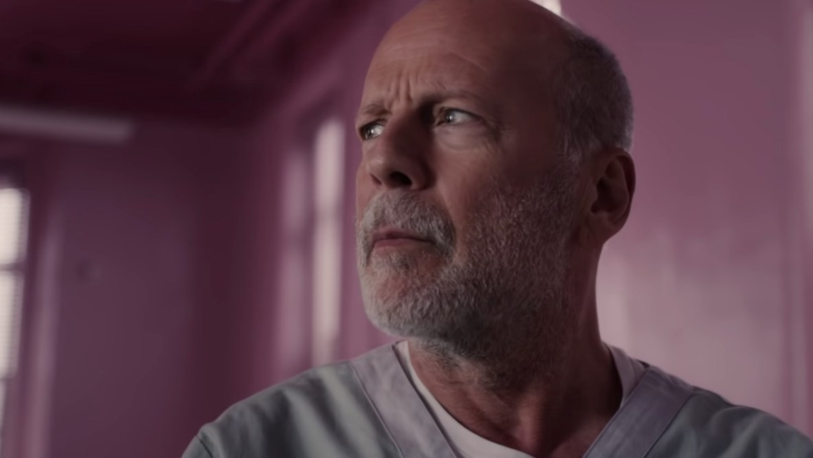 This image has an empty alt attribute; its file name is Glass-Bruce-Willis.jpg