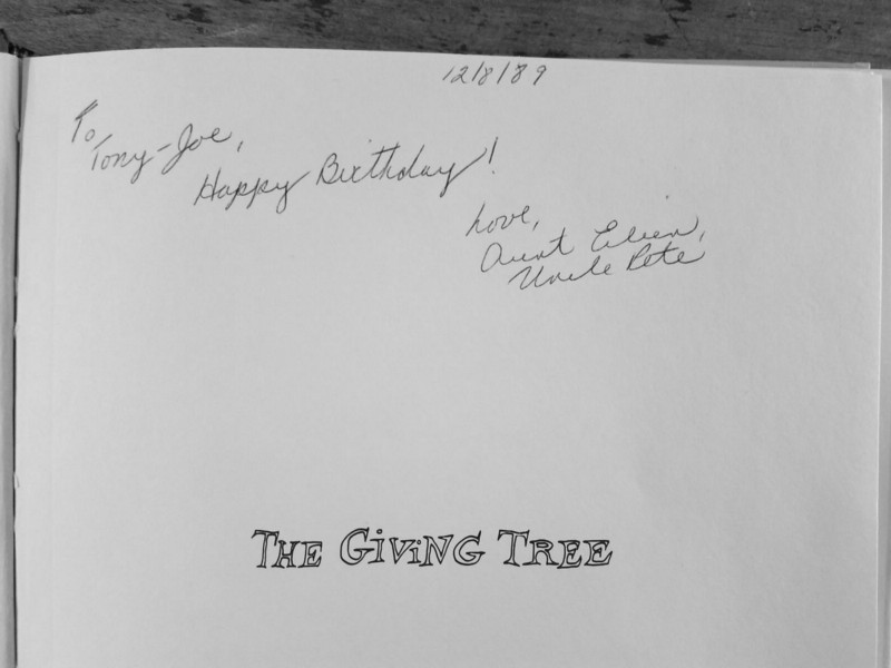 who wrote the giving tree