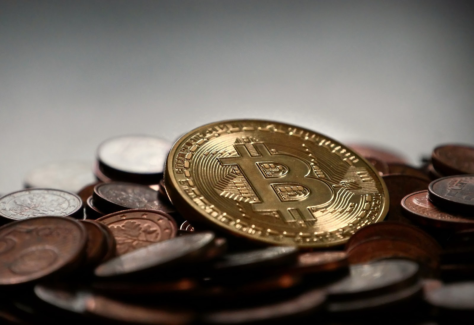 How to make deal with cryptocurrency