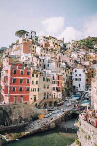 Italian seaside town - a good place to write six-worders
