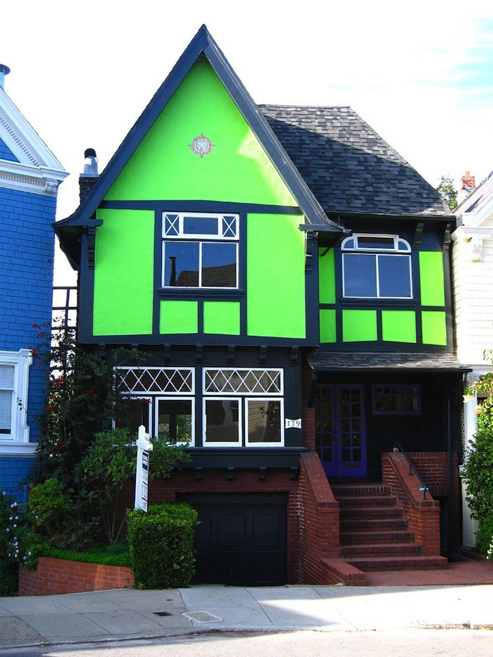 Here You Could Color A House With Few Hundred Bo Of Highlighters And It Would Fit Right In