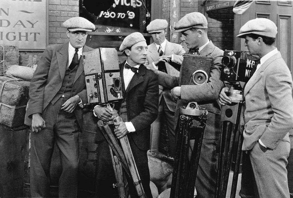 the-cameraman-(1928)-large-picture