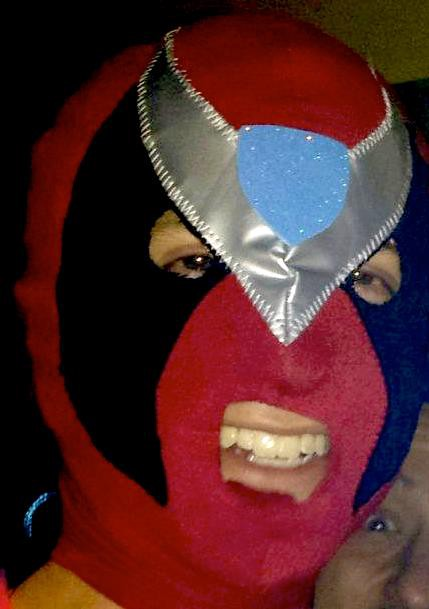 strongbad_luchador_mask