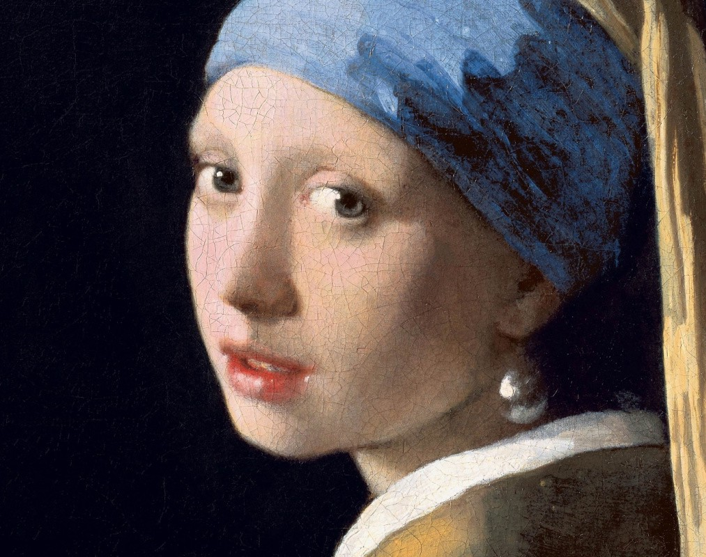 belonging girl with a pearl earring Evidence of the pearl's long history as the first known gem can be found in the fragment of pearl girl with the pearl earring belonging to the maharaja of.
