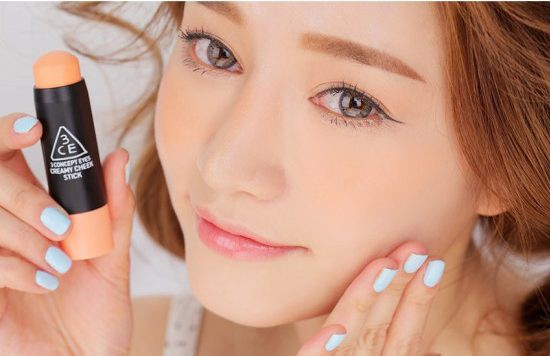 6 Most Popular Brands of Korean Beauty Products You Should Be Using - Park Sora with Creamy Cheek Stick #Sweet Apricot