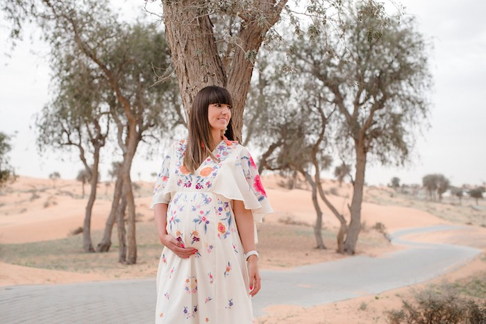 Pregnancy photo shoot in the desert with Jenny Johnson of CondeNast Traveller