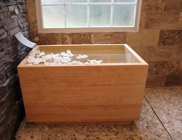 Japanese Soaking Tub source yourbathstore.com