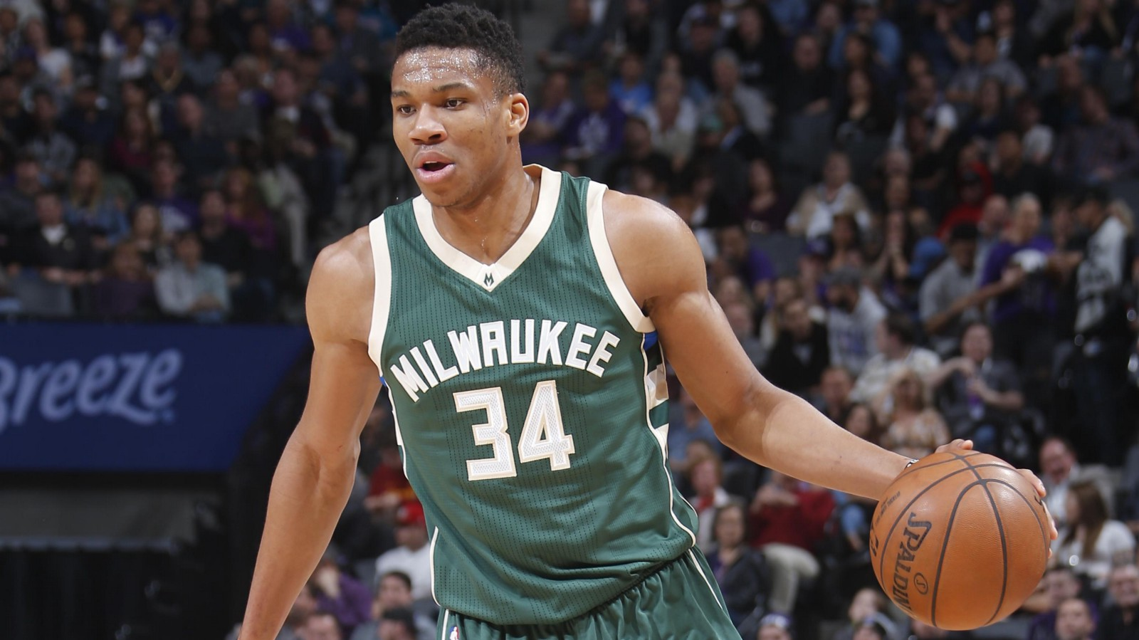 Basketball Players: What Can Giannis Antetokounmpo Do With His Hands?